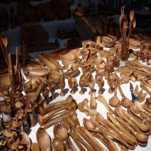 olive wood crafts artisanat bois d 39 olivier tunisie producteur recherche de client espaceagro. Black Bedroom Furniture Sets. Home Design Ideas