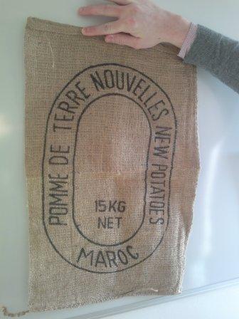 sacs en toile de jute pour pommes de terre 1 8 dhs pce fcl 200000 maroc groupement. Black Bedroom Furniture Sets. Home Design Ideas