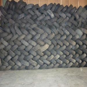 fornisseur pneus occasion vl vu 4x4 pl 1 container. Black Bedroom Furniture Sets. Home Design Ideas